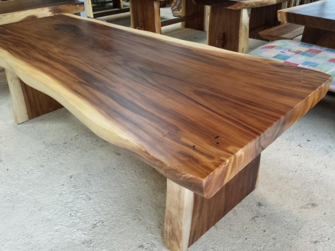 mebel kayu trembesi